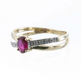 9ct Gold Ruby & Zirconia Twist Style Ring